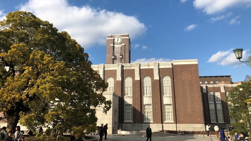 京都大学の時計台
